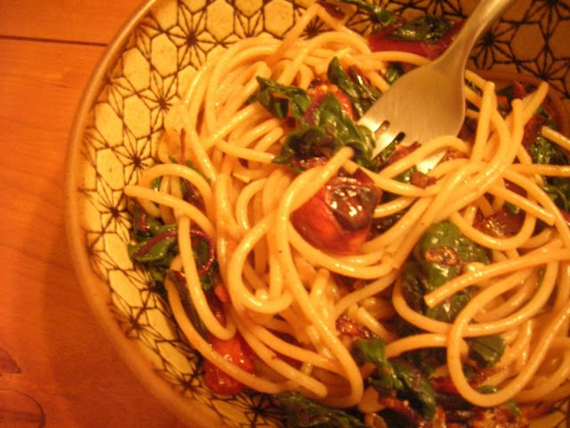 Two Blue Lemons: Spaghetti with Swiss Chard & Roasted Tomatoes