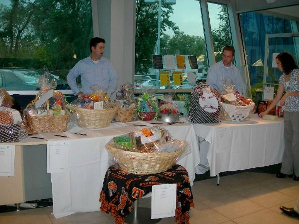SPECIAL EVENTS   Special events volunteers represent the League for Animal Welfare at off-site and shelter events.   Some events like our Wine & Whiskers, Tasting & Auction, our annual Holiday Party or our Annual Picnic, on the grounds of the shelter, are held to raise money.  Others help raise awareness and educate the public about the mission of the League and the animals available for adoption at the shelter