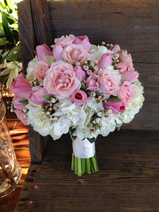 Pink Roses Tulips White Fluffy Bridal Bouquets By Nola Flora New Orleans Wedding Florist Www