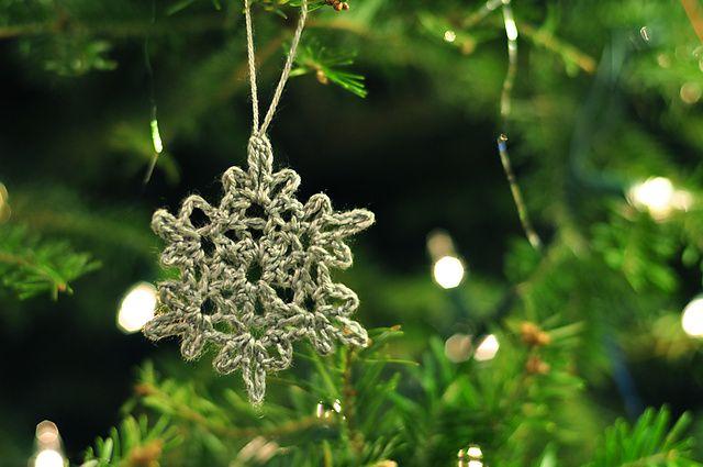 ergahandmade: Crochet Snowflake + Free Pattern Step By Step