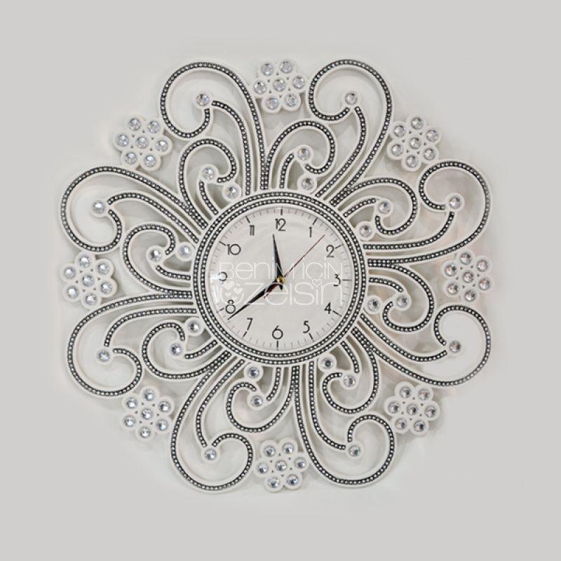 Elmas İşlemeli Saat  https://www.benimicinozelsin.com/aksesuar/elmas-islemeli-duvar-saati-3 #benimiçimözelsin #hediye #saat #saatmodelleri #saatler