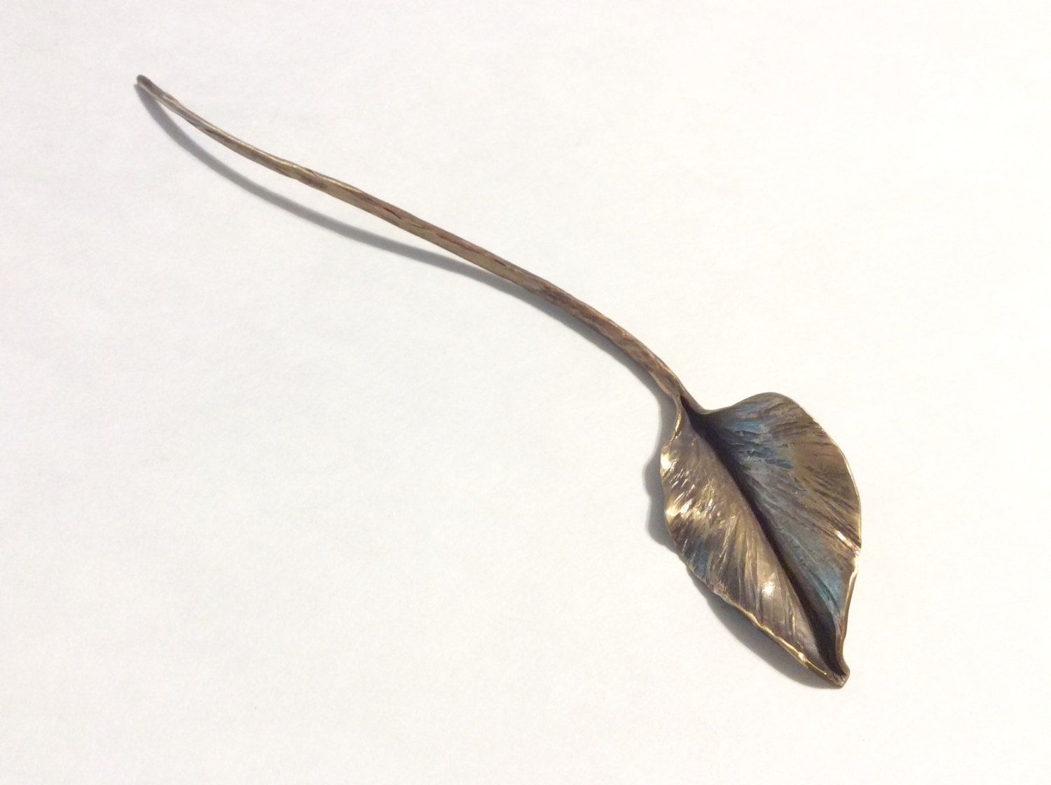 Bronze Single Leaf On A Long Stem Floral Decor Forged