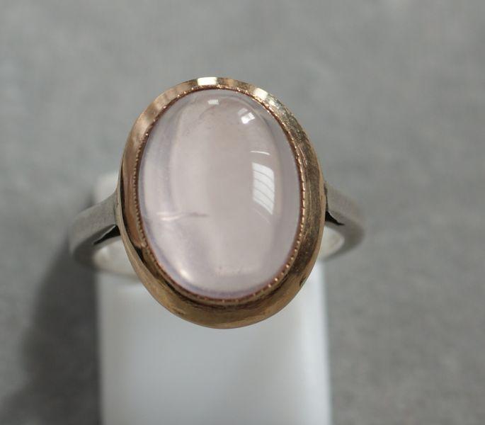 bague or cabochon quartz