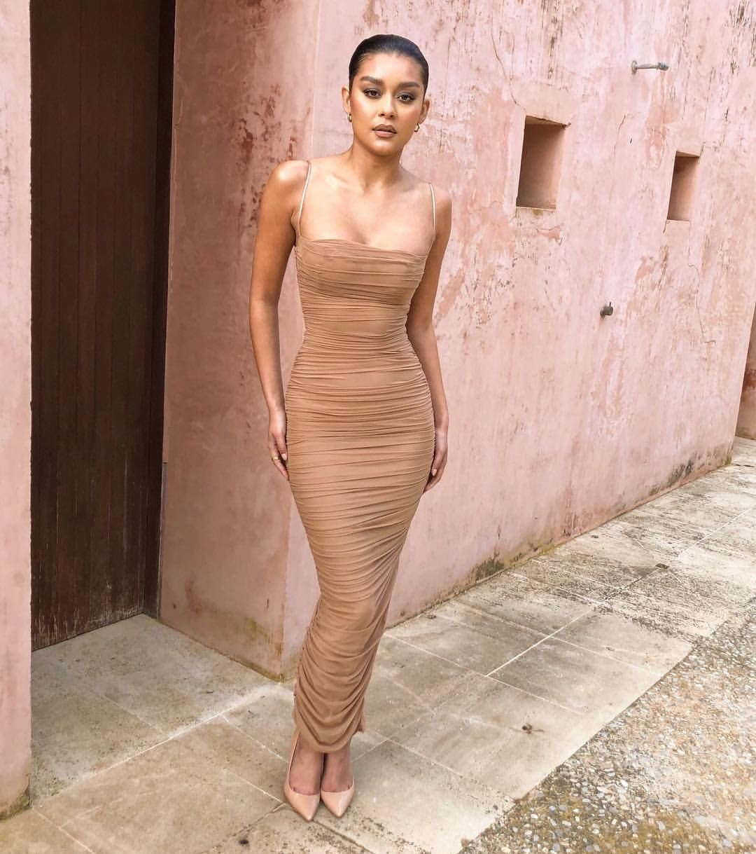 7f082cc6f3f3 The Fornarina dress is everything Sho | Thank You! in 2019 | Bodycon ...