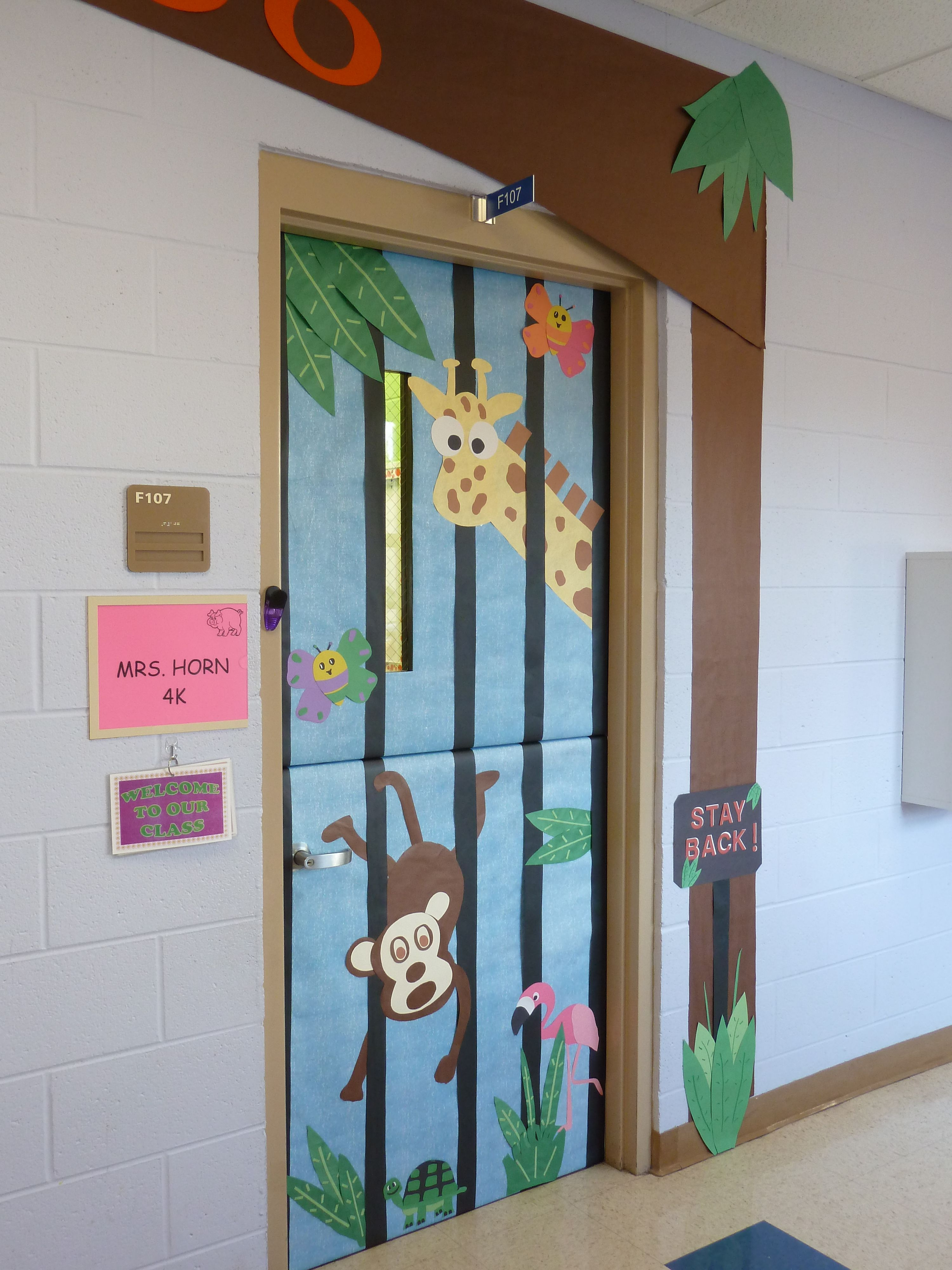 Zoo Door 2 The Kiddos Preschool Door Zoo Bulletin