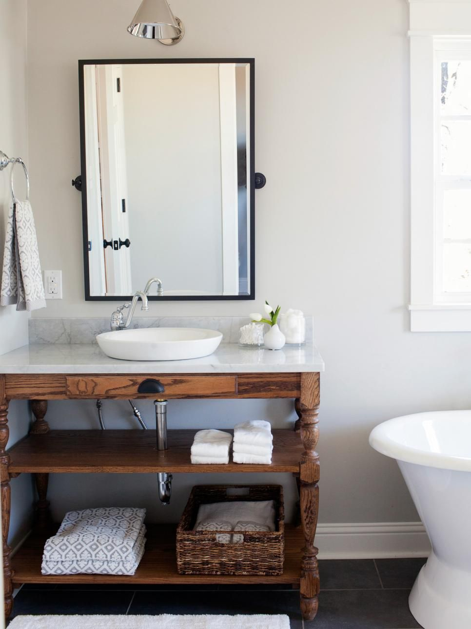 Fixer upper living rooms further joanna gaines fixer upper bathroom - Check Out Carpenter Clint Harp S Best Furniture Pieces As Seen On Hgtv S Fixer Upper