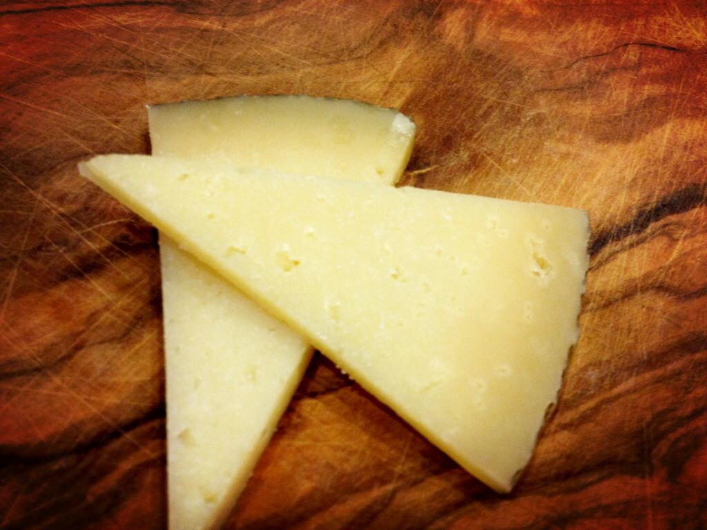 Manchego Cheese Queso Manchego Queso cheese, Manchego