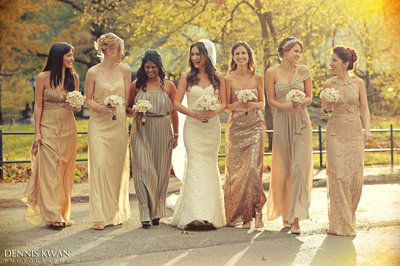 ff4b7460 20 Bridal Parties Who Flawlessly Executed The Mismatched Dress Trend