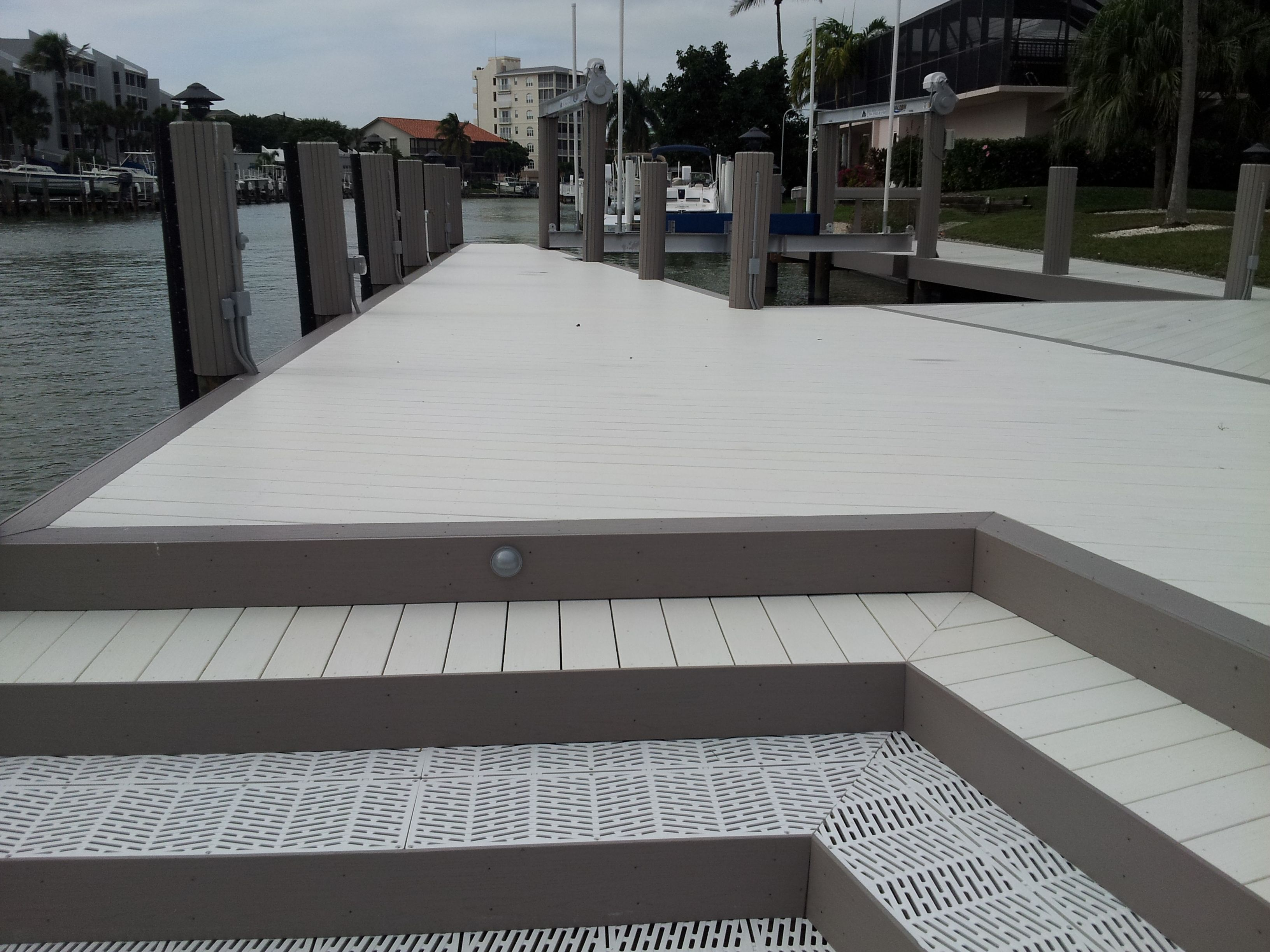 Azek Decking With Surestep Grating Www Shorelinelumber Com With Images Azek Decking Deck Azek