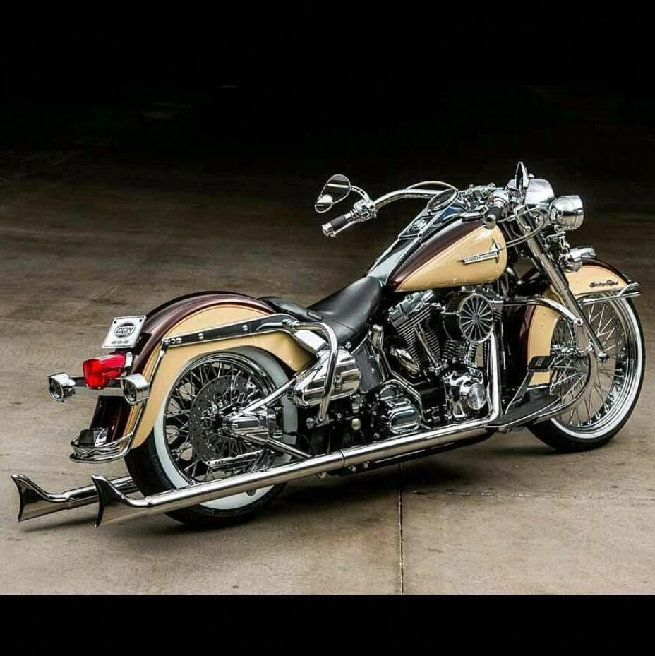 Fully Custom 2006 Harley Davidson Softail For Sale Now On Ebay Link In Bio In 2020 Classic Harley Davidson Harley Davidson Dyna Harley Davidson Motorcycles