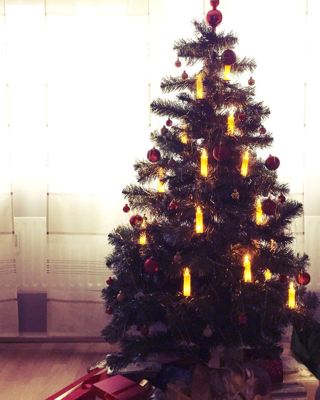 Fröhliche Weihnachten. Merry Christmas