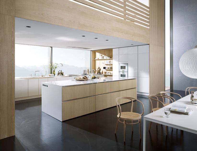 Landhausküchen: Harmonie dank Holz: \