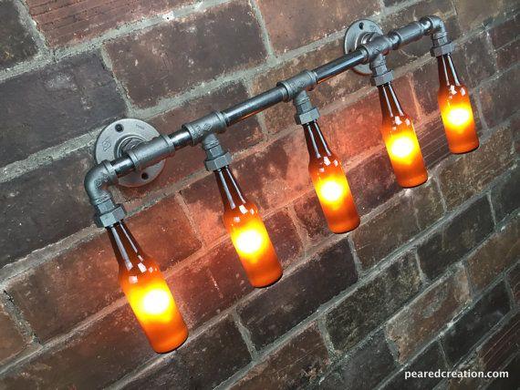 die brewers vanity light ist ein industrieller perfekt f r beleuchtung um ihre bar oder mann. Black Bedroom Furniture Sets. Home Design Ideas