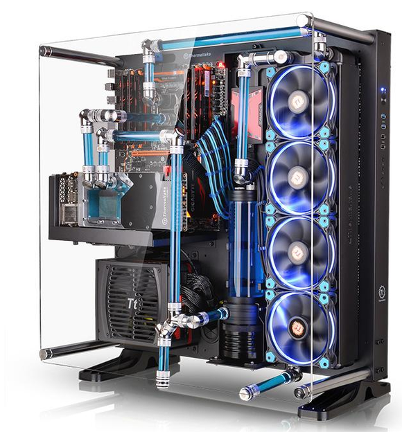 Mustsee PC Feast your eyes on ThermalTake's Core P5 open