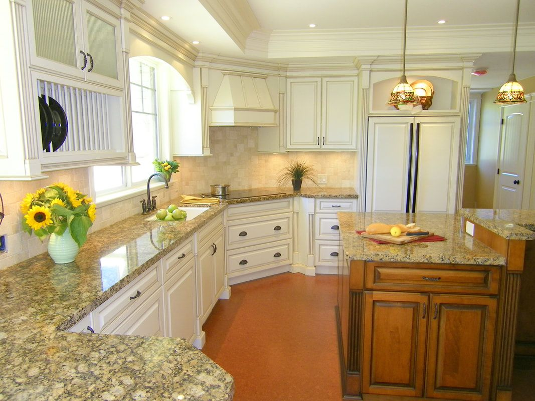 Heritage Kitchen White Cabinets Granite Cork Floor Jil Sonia Interiors Client Mission Bc Interior Design Kitchen Kitchen Interior Interior