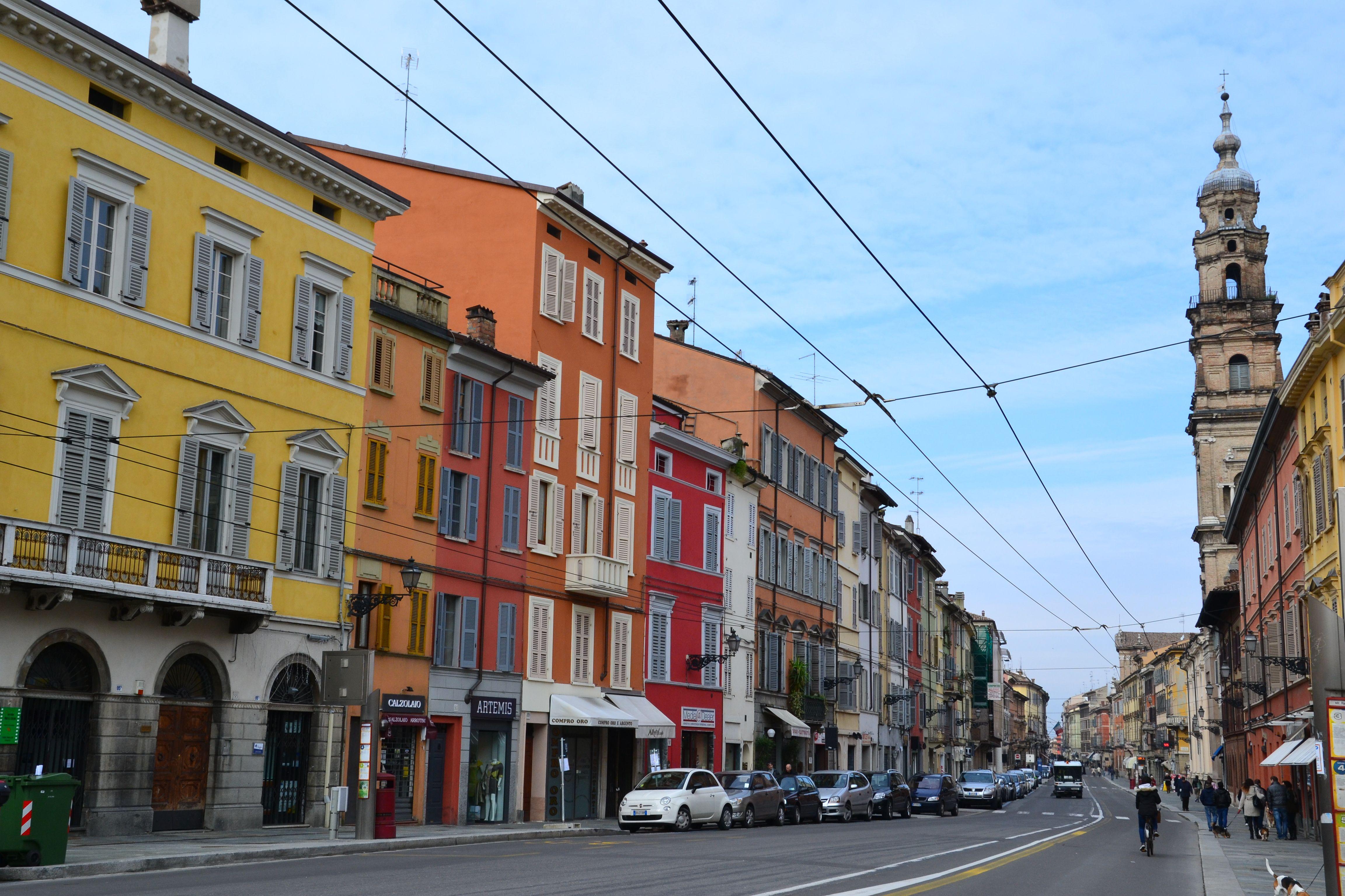 Via Repubblica | Luoghi, Città