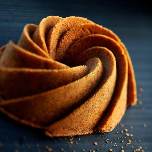 Nostalginen kuivakakku on helppo ja nopea leipoa. Leivo kuivakakkuja vaikka useampi ja laita ne pakastimeen, sulata kakut joulun alla ja nauti.