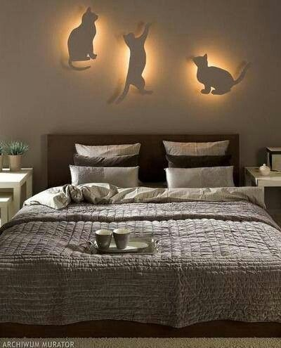 Beau DIY Bedroom Lighting And Decor Idea For Cat Lovers
