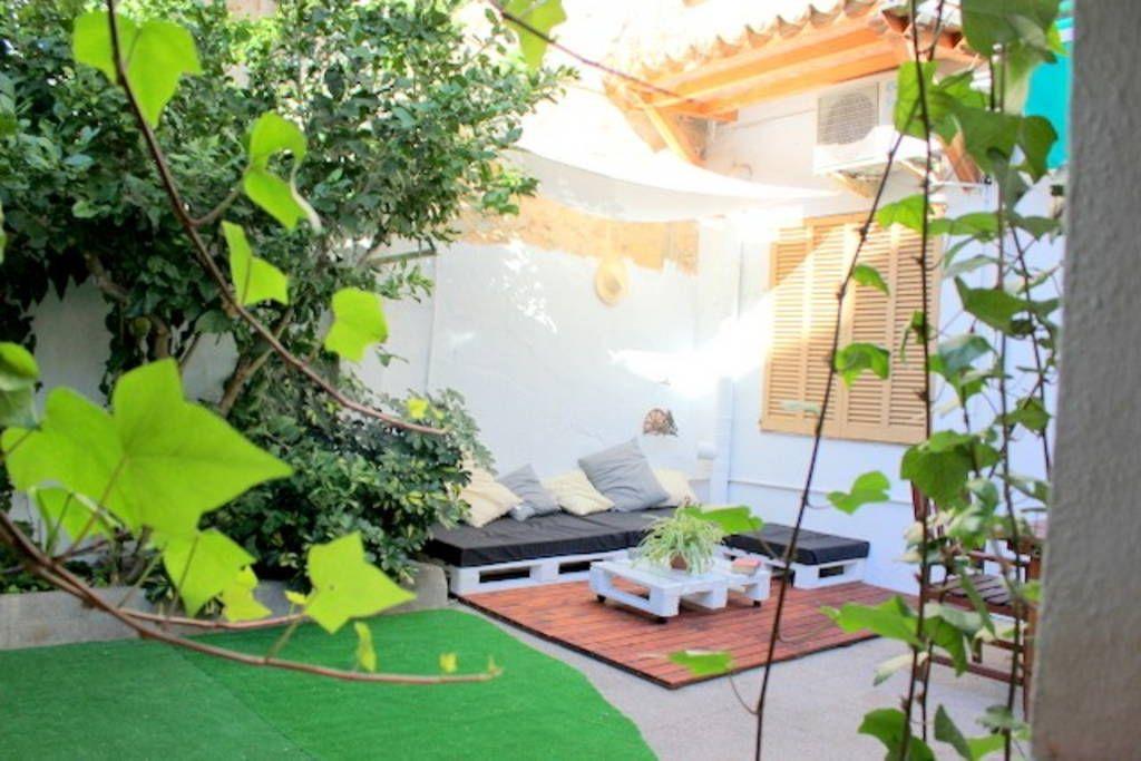 Tutustu tähän mahtavaan Airbnb-kohteeseen: New house in Palma center - Talot vuokrattavaksi in Palma de Mallorca