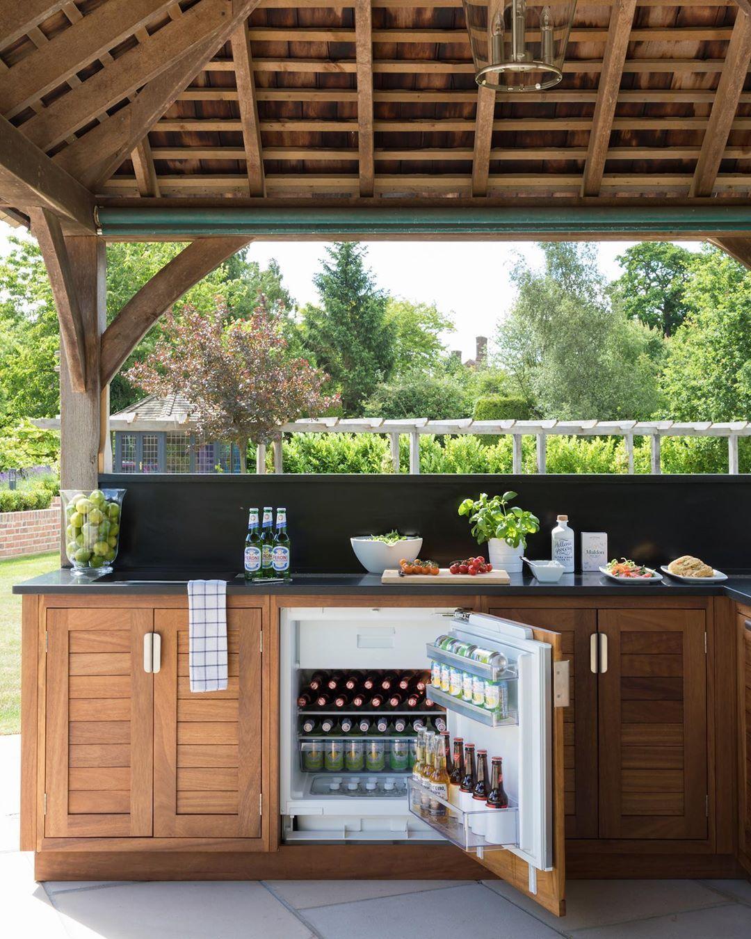Wood Cabinet Doors Instead Of Stainless Steel For Outdoor Kitchen Modular Outdoor Kitchens Outdoor Kitchen Cabinets Wood Cabinet Doors