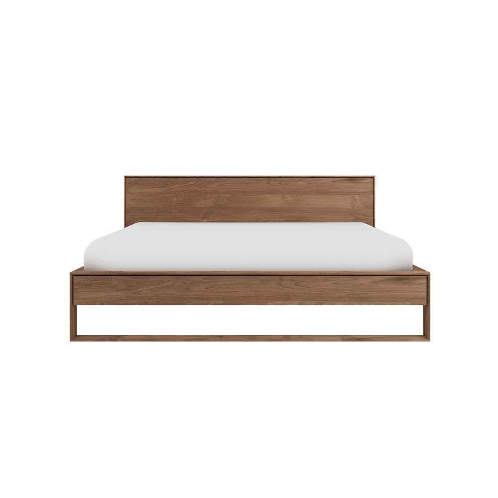 """Das beliebte Bett """"Nordic"""" von Ethnicraft ist jetzt auch in Teakholz ..."""
