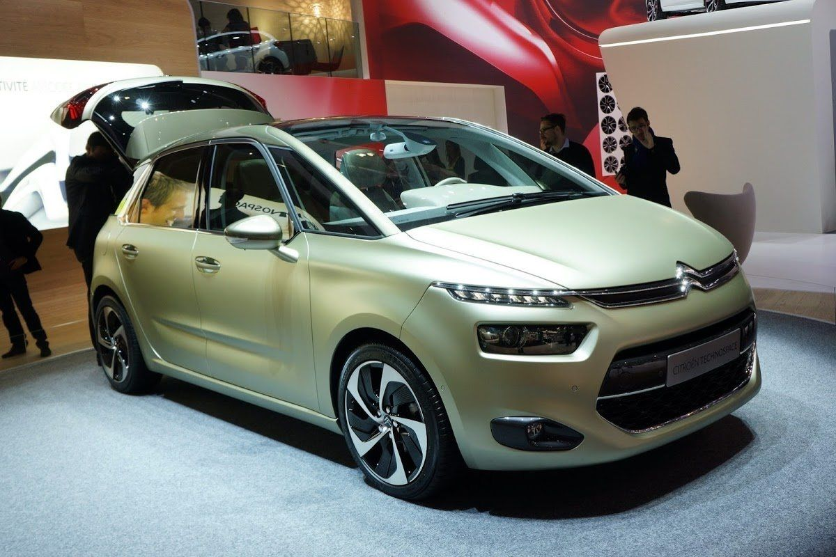 New Citroen C4 2019 Spy Shoot Volvo ocean race, Citroën