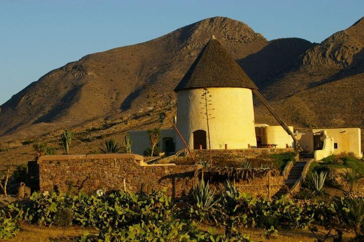 Molinos de la provincia: Parque Natural Cabo de Gata-Níjar y la comarca de los Vélez | Costa de Almeria