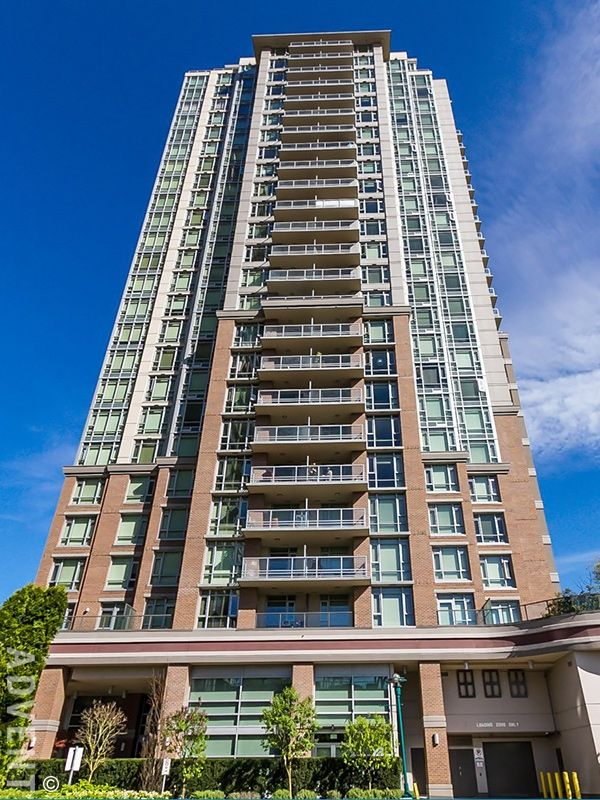 M One Metropolitan Residences 1 Bedroom Apartment Rental In Coquitlam Centre Contact Advent Today To Rental Apartments Bedroom Apartment White Lights Bedroom