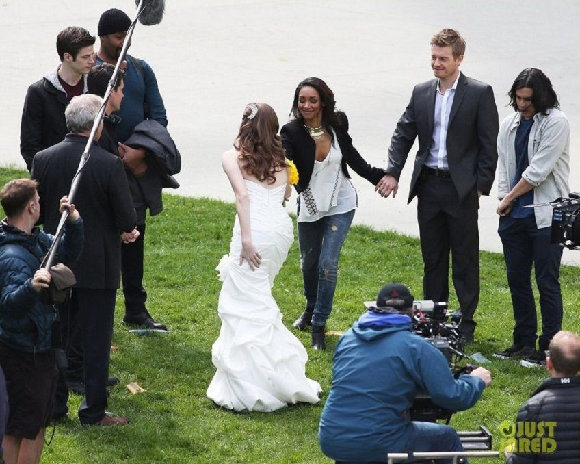 Mikaellabridal Featured On The Flash CW Network Character Caitlin Snow Wearing Mikaella