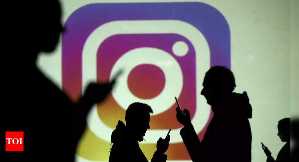 Instagram Doesn T Want Any Trace Of Tiktok In Its Reels Eagles Vine Eagles Vine In 2021 Photo Sharing App Instagram New Instagram