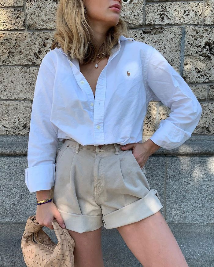6 Pieces That Look Chic With the White Button-Down Shirts We All Own – Beğendim