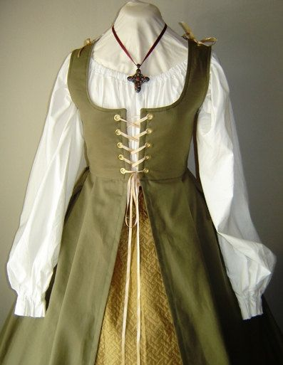 Renaissance Irish Overdress Gown in Twil - CUSTOM MADE by welldressedlady on Etsy https://www.etsy.com/listing/120500771/renaissance-irish-overdress-gown-in-twil