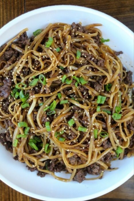 Mongolian Ground Beef Noodles In 2020 Beef And Noodles Recipes Ground Beef