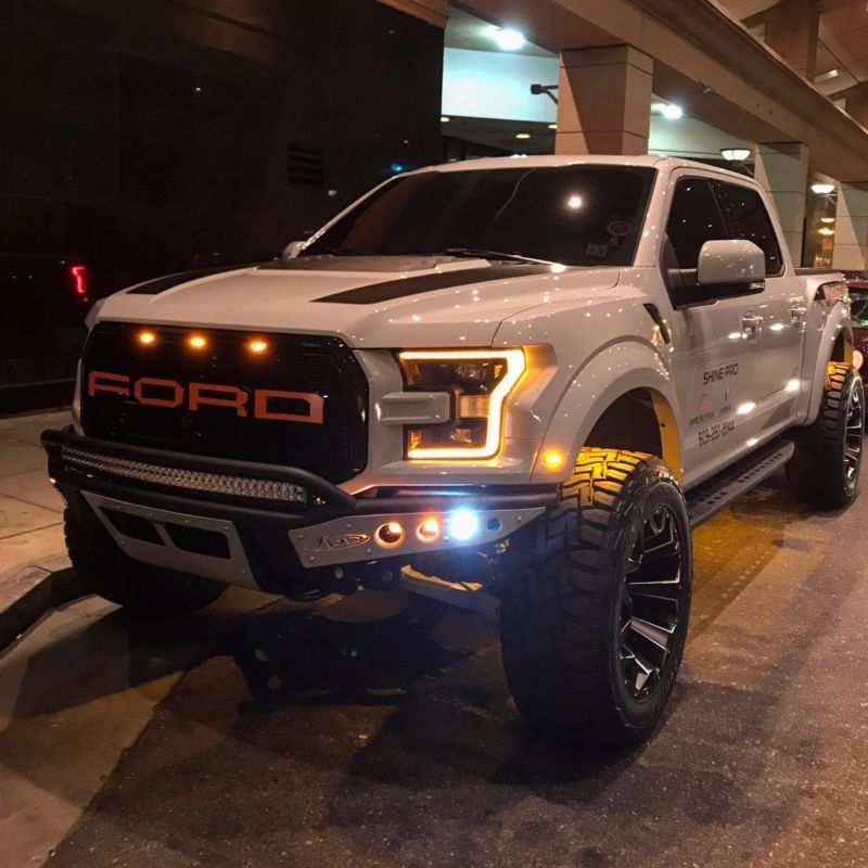 Ford F 150 Raptor Lifted