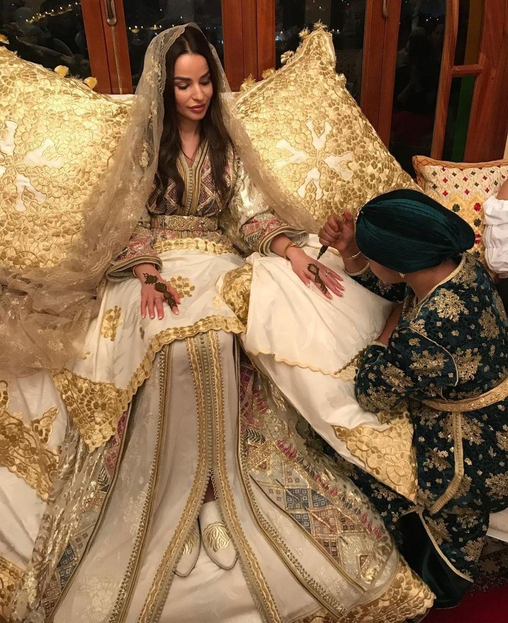 Pin by Jasmina on Caftan  Moroccan bride, Moroccan dress