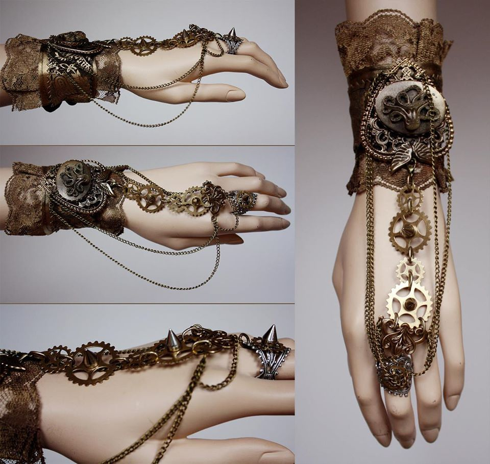 Steampunk style jewelry by PinkAbsinthe – Steampunk Ages