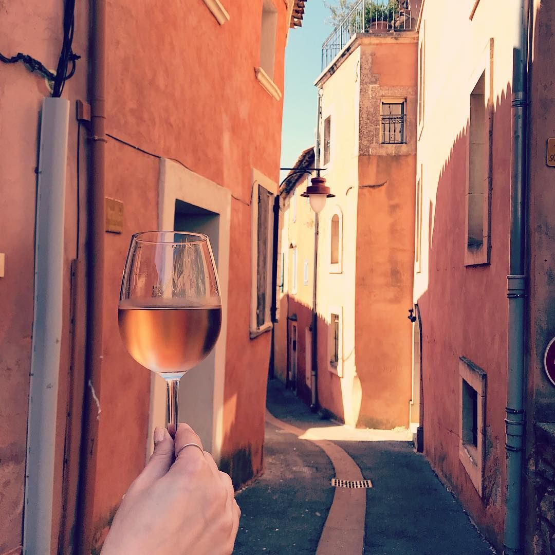 Perfectle Pink Wine Travel Yes Way Rose Wine