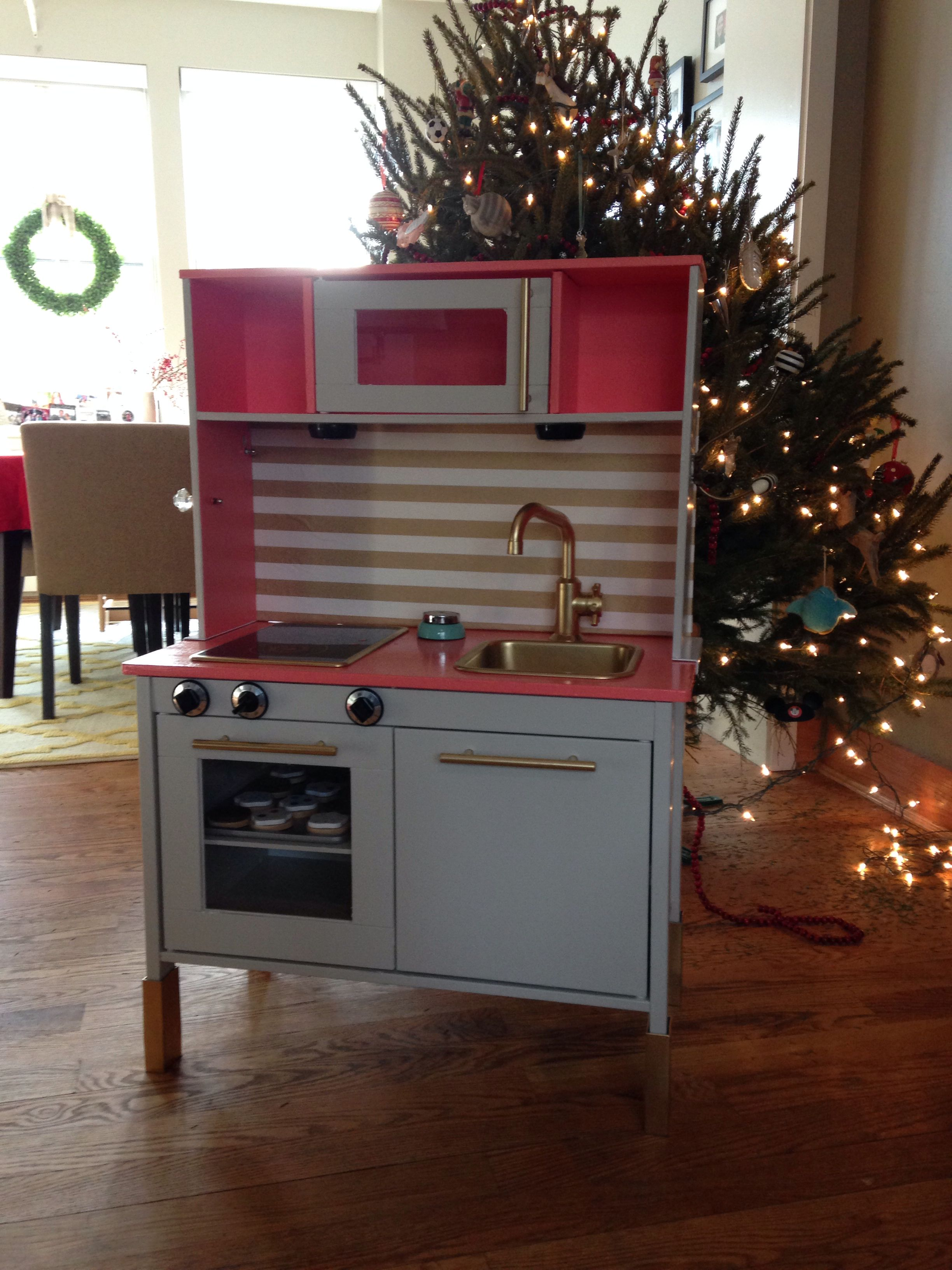 IKEA duktig play kitchen hack Emma Xmas 2013  emmas kitchen