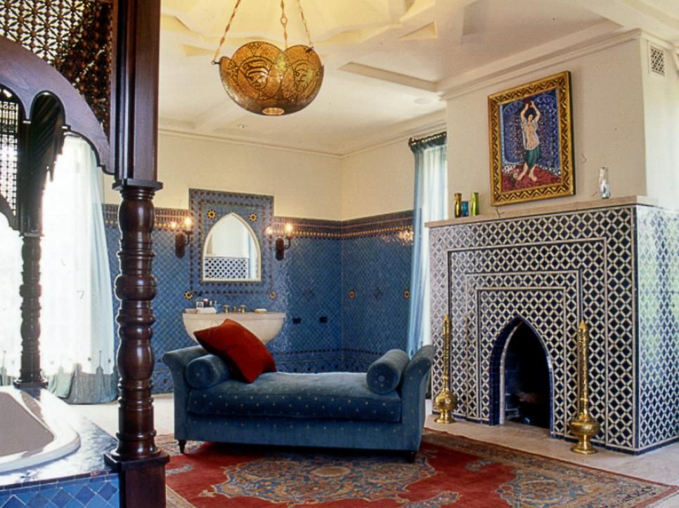 Moroccan decor ideas for home moroccan interiors moroccan and hgtv - Interior design small spaces ideas gallery ...