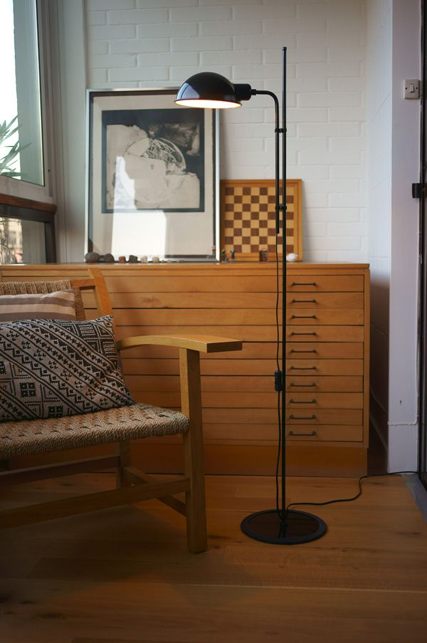 Funiculi Floor Lamp Designed By Lluis Porqueras 1979 Floor Lamp Design Black Floor Lamp Floor Lamp