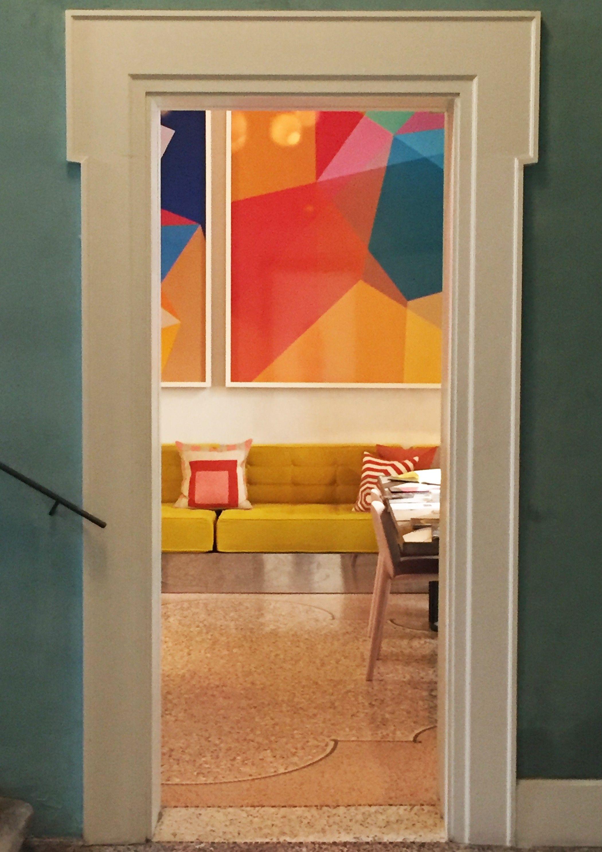 l 39 h tel du clo tre arles par india mahdavi vue du salon. Black Bedroom Furniture Sets. Home Design Ideas