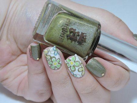 World Environment Day #marinelovespolish #green #floral #shimmer #nails #nailart - bellashoot.com