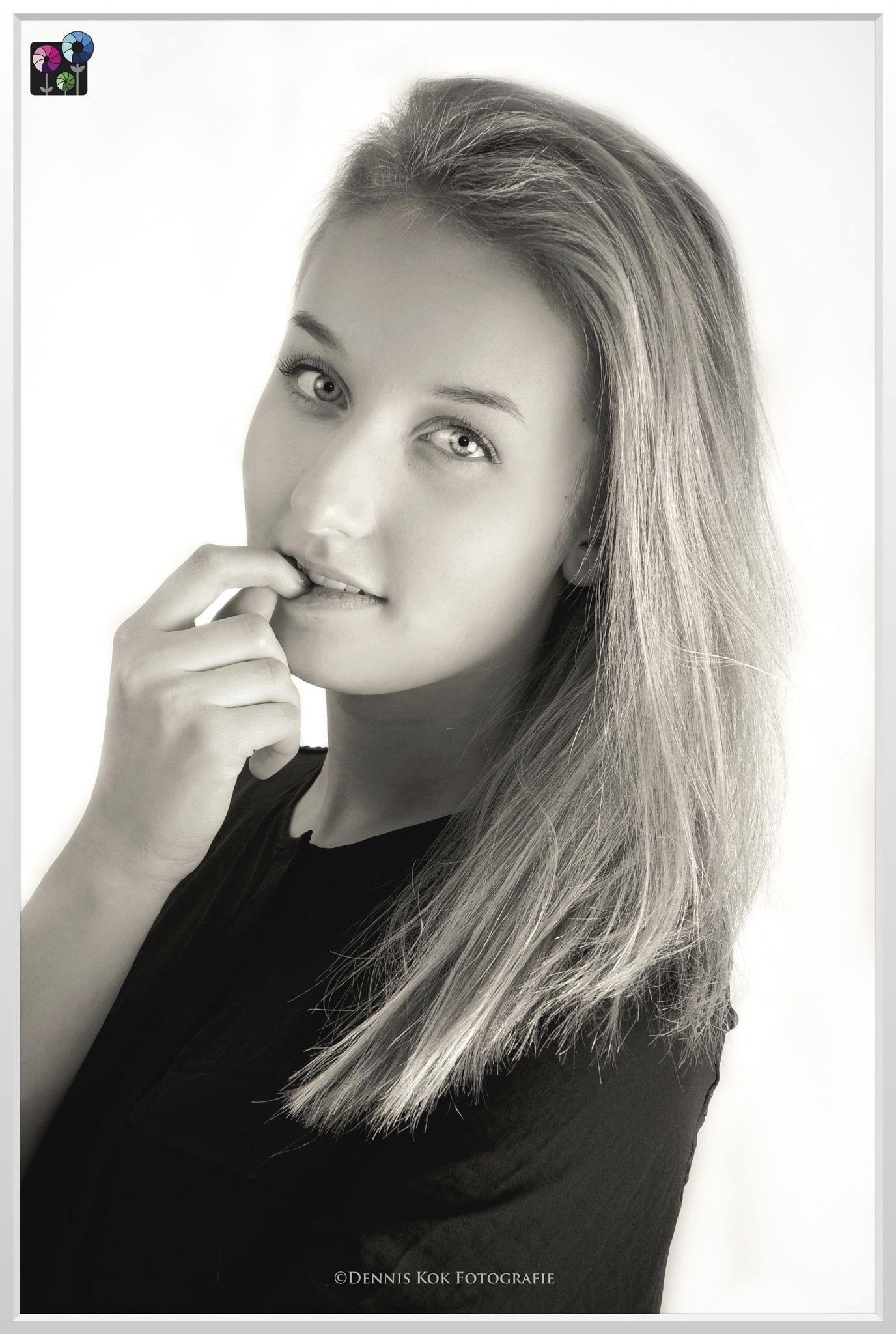 Shoot Jip #model #femalemodel #femalemodels #fashion #portrait #portraits #denniskokfotografie #coevorden #drenthe #fashionphotography