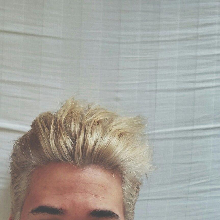 Guys With Bleached Hair Bleached Hair Blonde Hair Boy Bleached Hair Men
