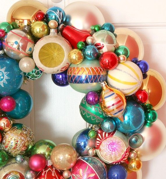 Vintage Ornaments Wreath Shiny Brite Fabulous by georgiapeachez