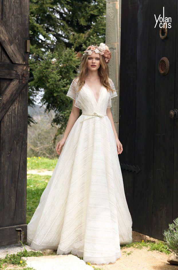 Brautkleider von Yolan Cris - Model Joan | Photo : Portrait ...