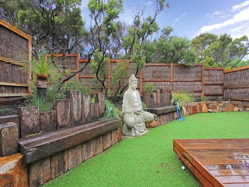 Landscaped Garden Design Using Grass With Deck U0026 Sculpture   Gardens Photo  221543