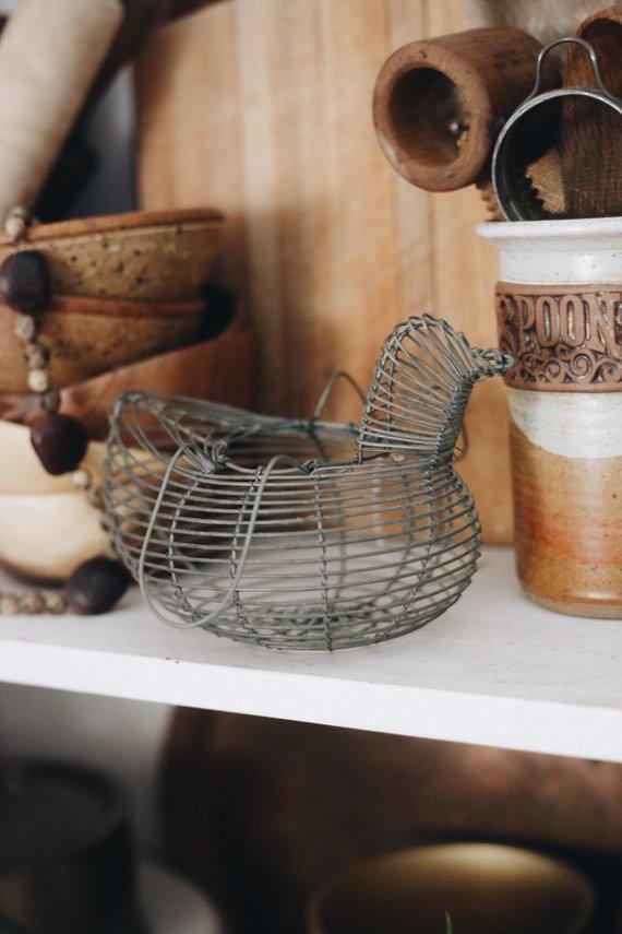 vintage wire chicken basket farmhouse style decor / vintage chicken