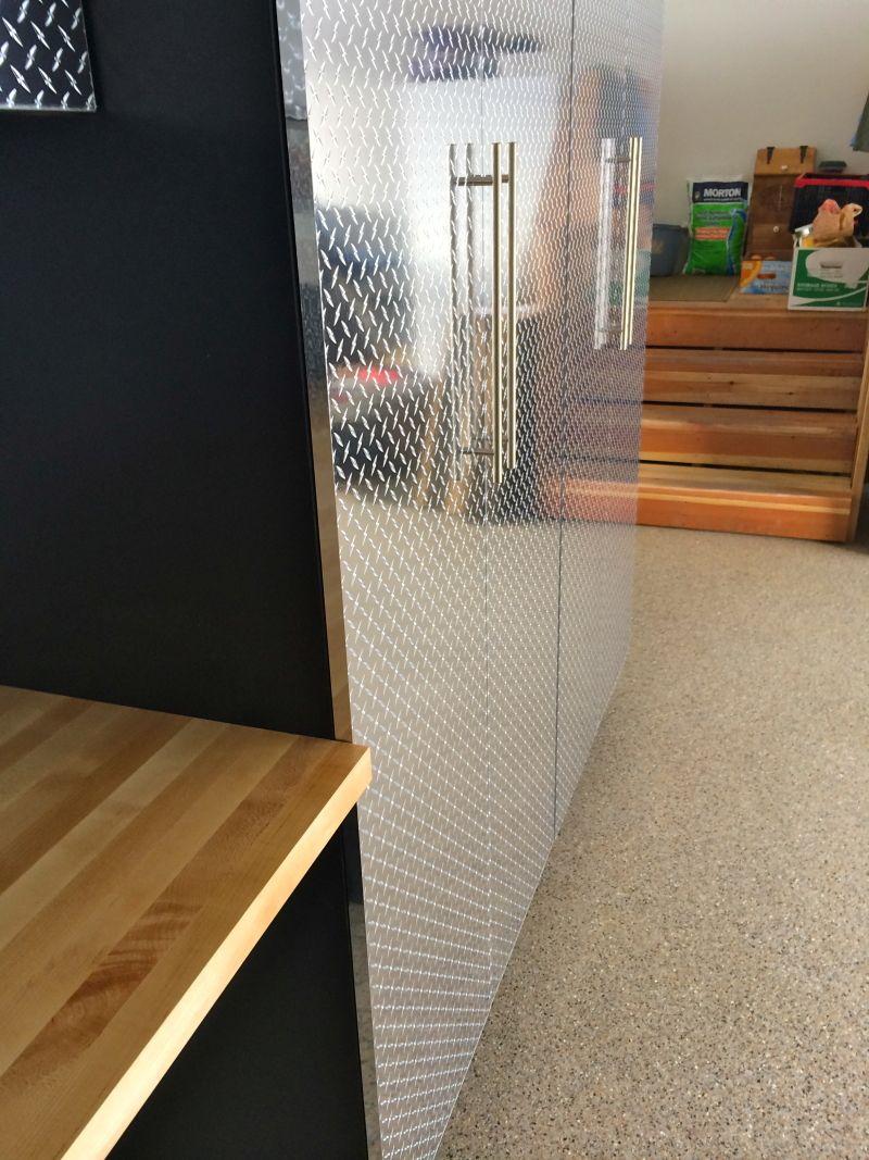 Garage Cabinet Hardware Eine Haufige Wahl Fur Besteck Wasserhahne Und Waschbecken Edelstahl Ist Auch Eine Wunderbare Wa Schrank Wasserhahn Garage U