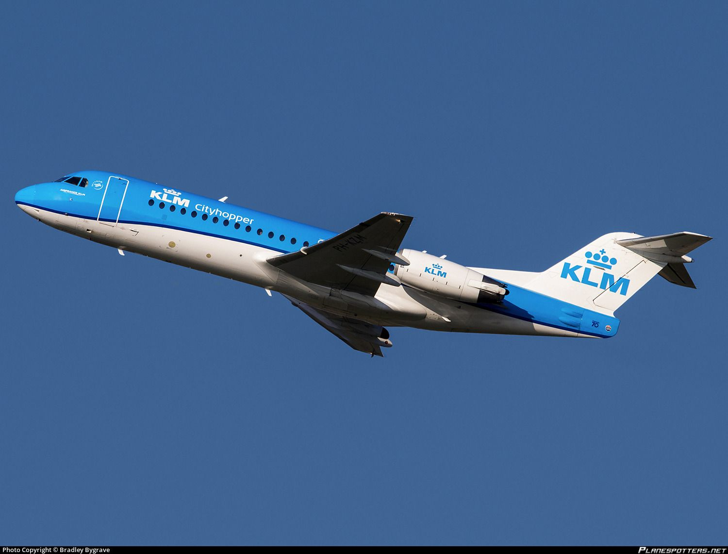 Air Ride Norwich Ph Kzm Klm Cityhopper Fokker F70 Photographed At Norwich